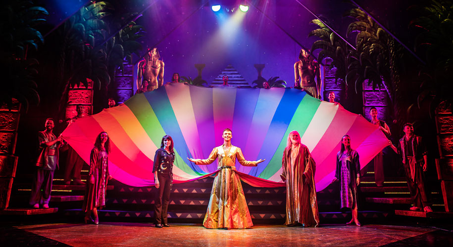 Review: Joseph and the Amazing Technicolor Dreamcoat supporting image