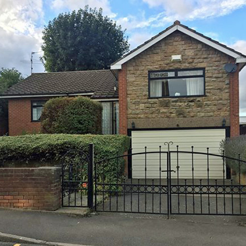 U – Do property of the week: Hollinsend Road thumbnail