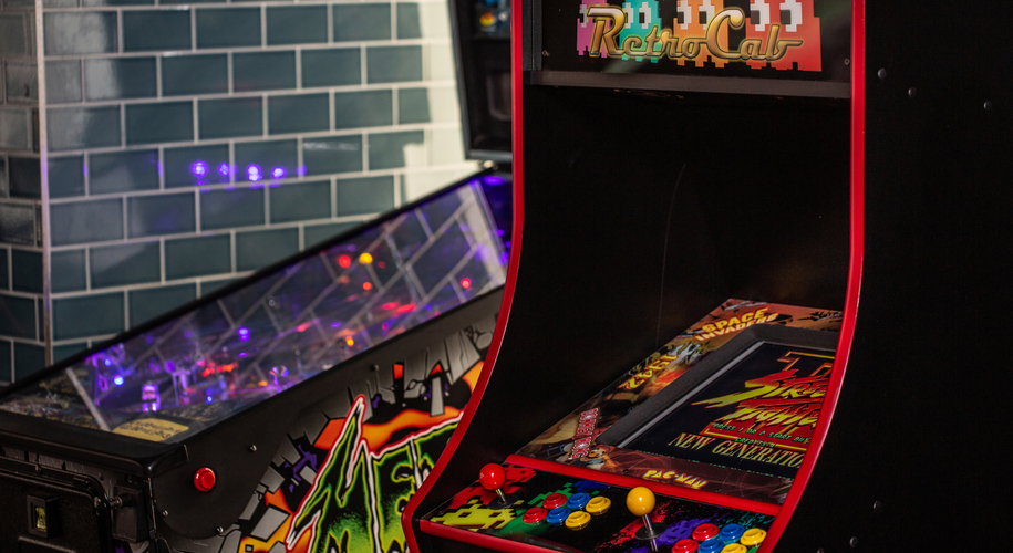 Roxy Arcade Ups Its Game supporting image