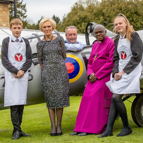 Sharing thumbnail for Mary Berry, Archbishop and Frances Atkins amazed at Youth Trust fundraiser