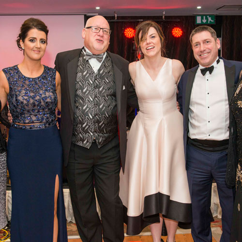Hospice charity night hits the high notes thumbnail