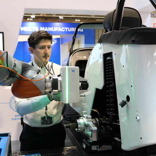 AMRC leads the way in Collaborative Robotics research thumbnail