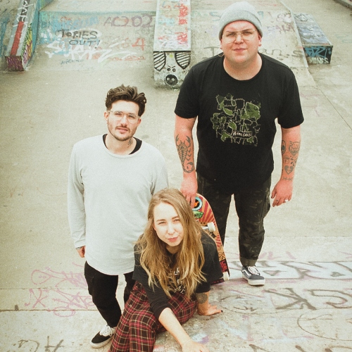 Interview: Milk Teeth supporting image
