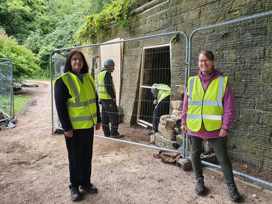 Cllr Mary Lea and Project Officer Claire Watts at Sheffield General Cemetery