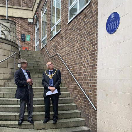New plaque for 'one of Sheffield's proud sons' revealed Thumbnail