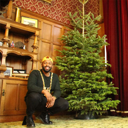 Magid needs help creating 'most Sheffield tree ever' Thumbnail