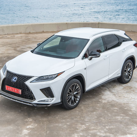 New Lexus RX rolls into Sheffield supporting image